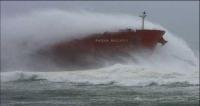 Πλοία σε καταιγίδα