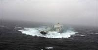 Πλοία σε εντυπωσιακούς πλόες