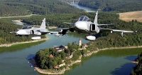 Μαχητικά αεροσκάφη στον αέρα